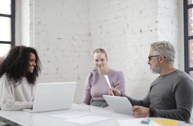 Hvornår bør iværksættere skrive deres forretningsplan?