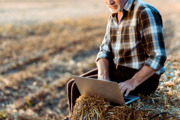 yrityslainaa maatilalle
